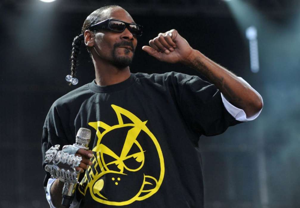 Snoop Dogg Suggests Theme Of 'WAP' Is Misguided – He Thinks Women Should Treat Their Body Like A Jewel