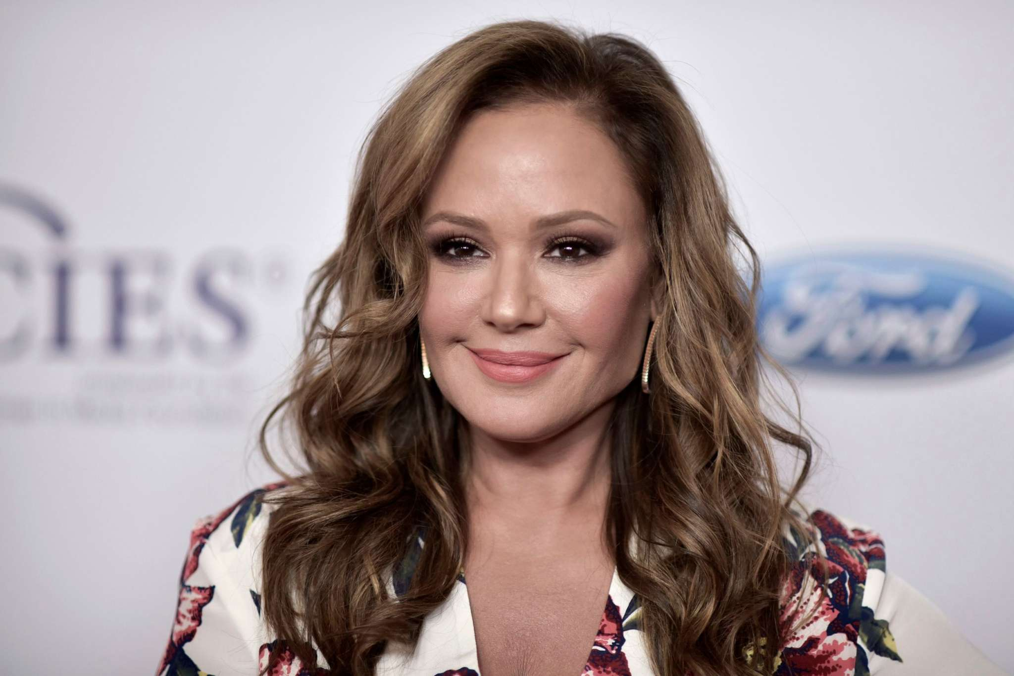 Leah Remini Drags Tom Cruise – Says His Rant Was A Stunt!