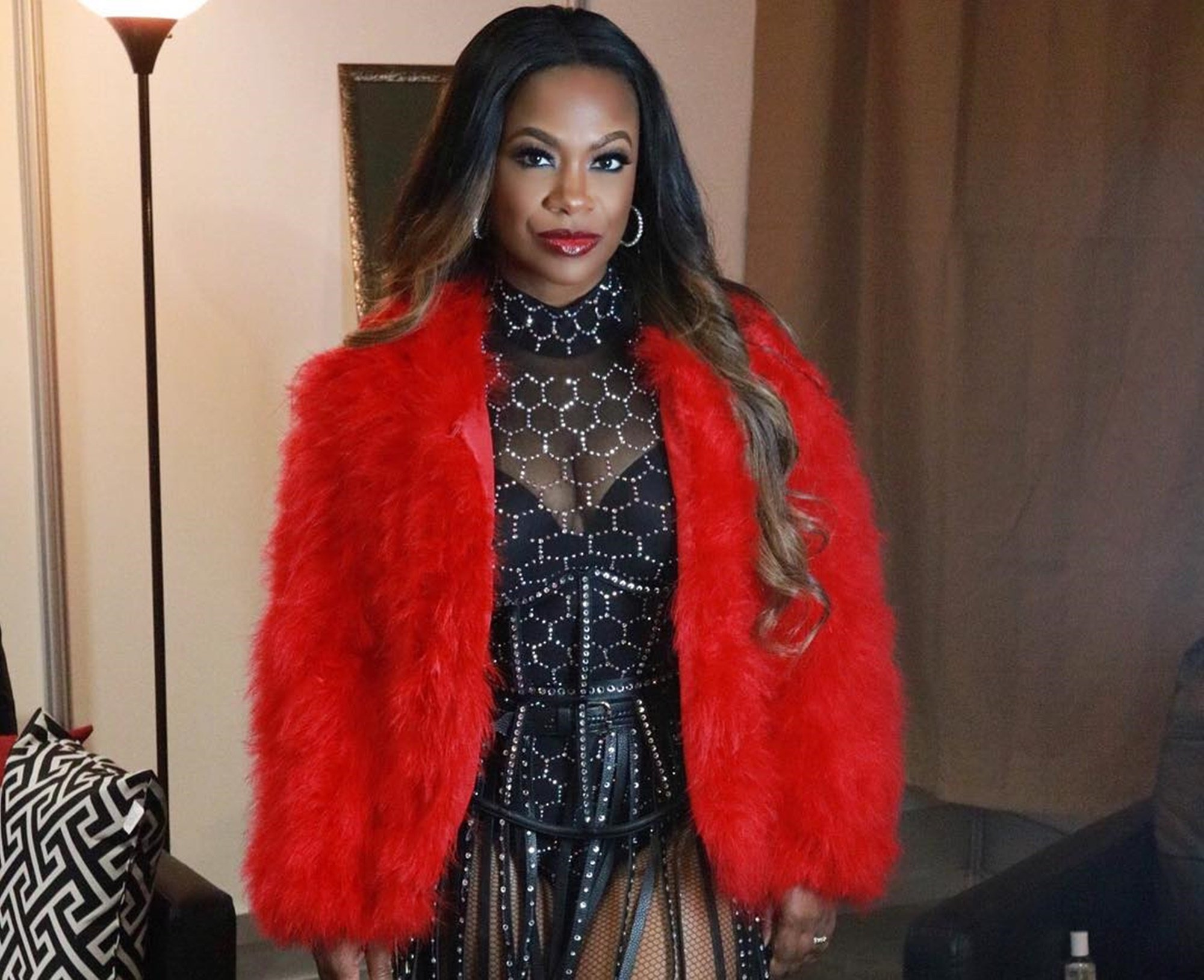 Kandi Burruss Hangs Out With Her Favourite Guys – See Her Photo And Their Elegant Outfits
