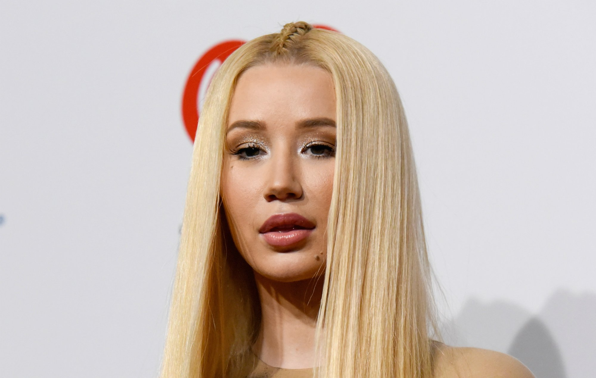 Iggy Azalea – Here's How She's Making Her Son's First Christmas 'Special!'