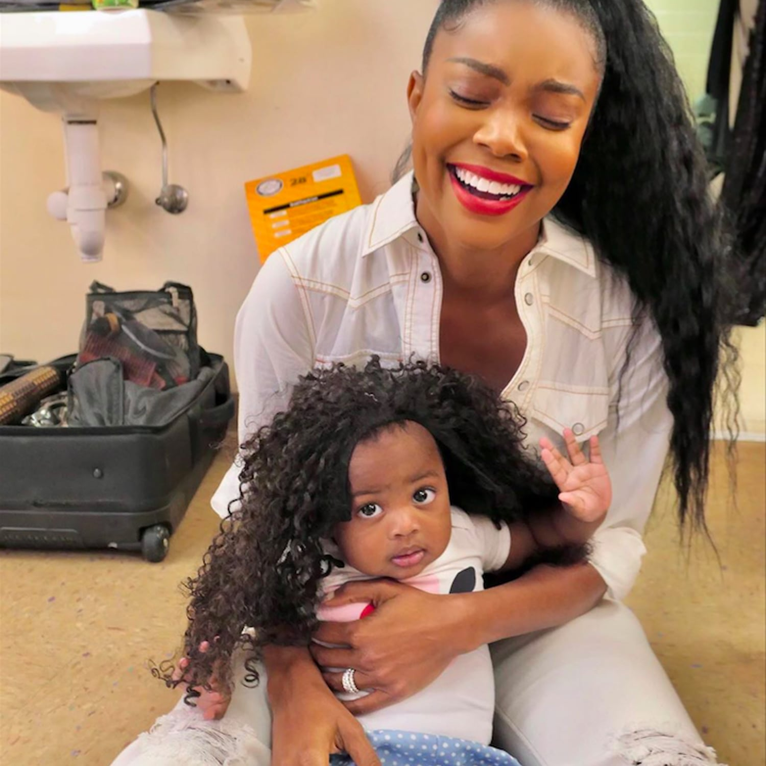 Gabrielle Union's Daughter, Kaavia James Is The Sweetest Girl As Santa Little Helper