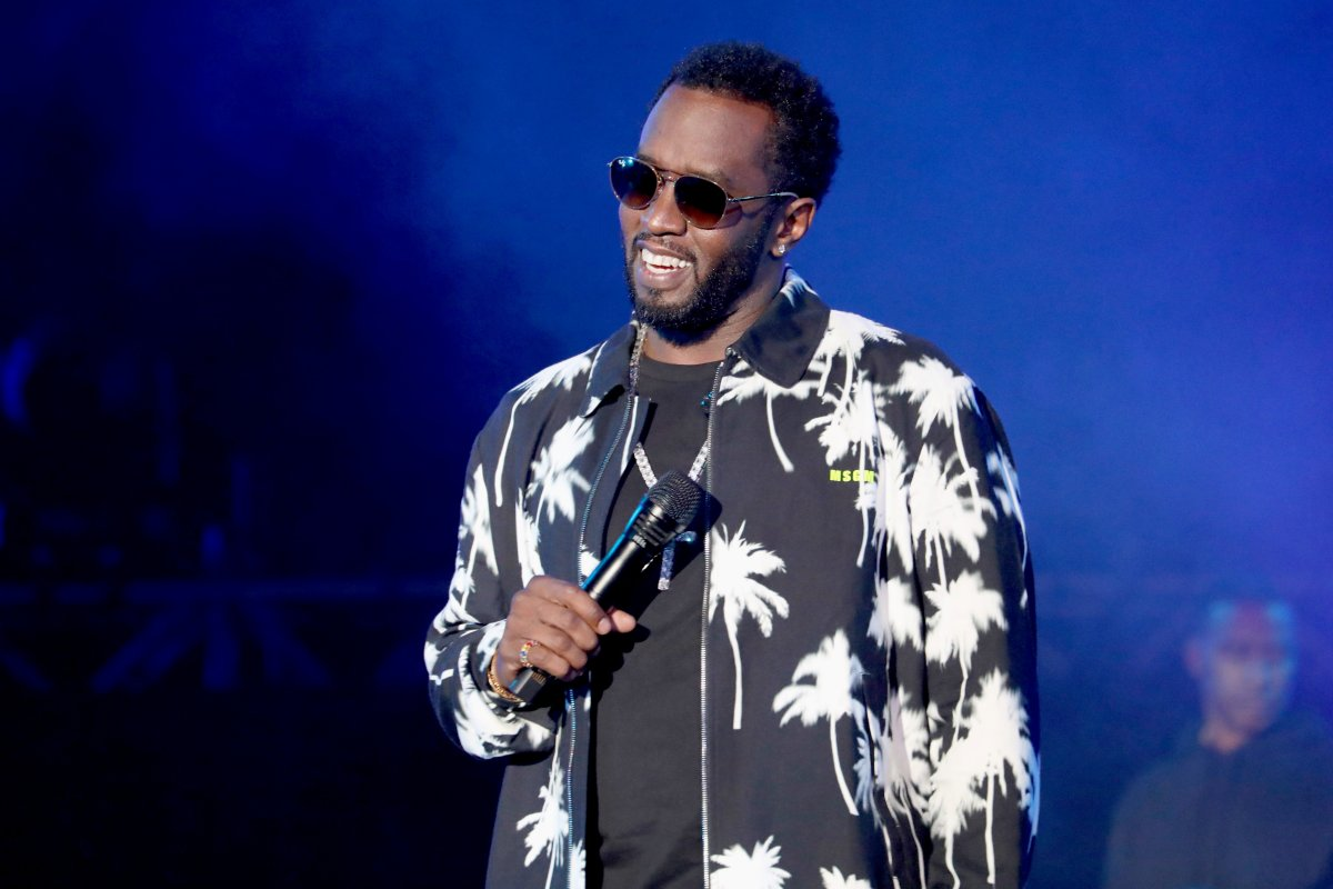 Diddy Shares Glamourous Photos With His Family
