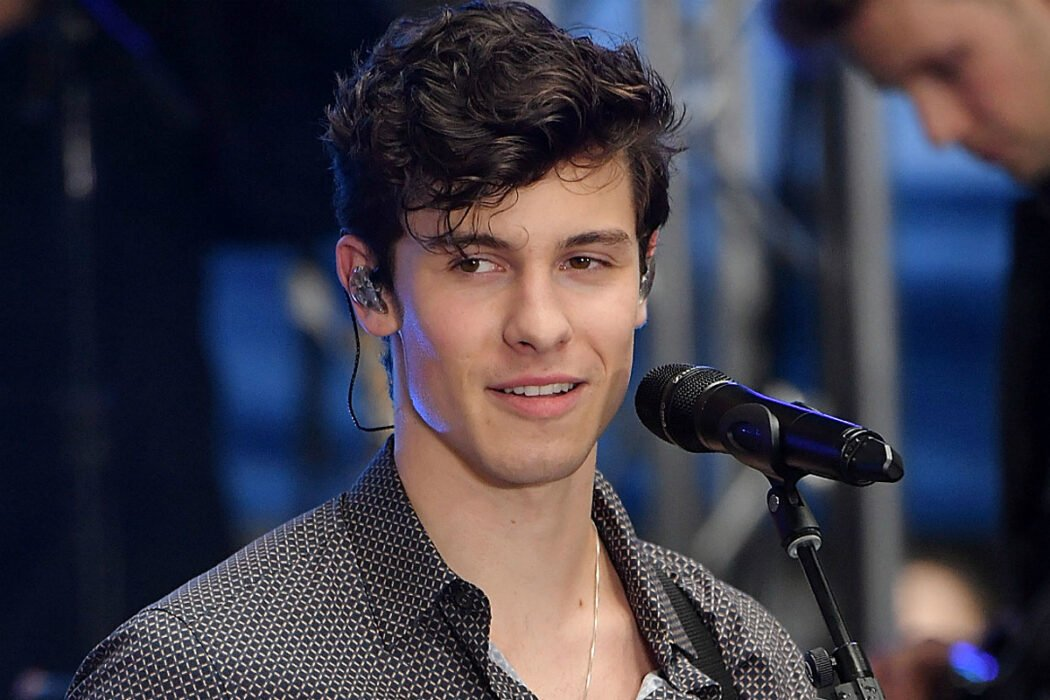 Shawn Mendes Finally Gets Rid Of His Man-Bun