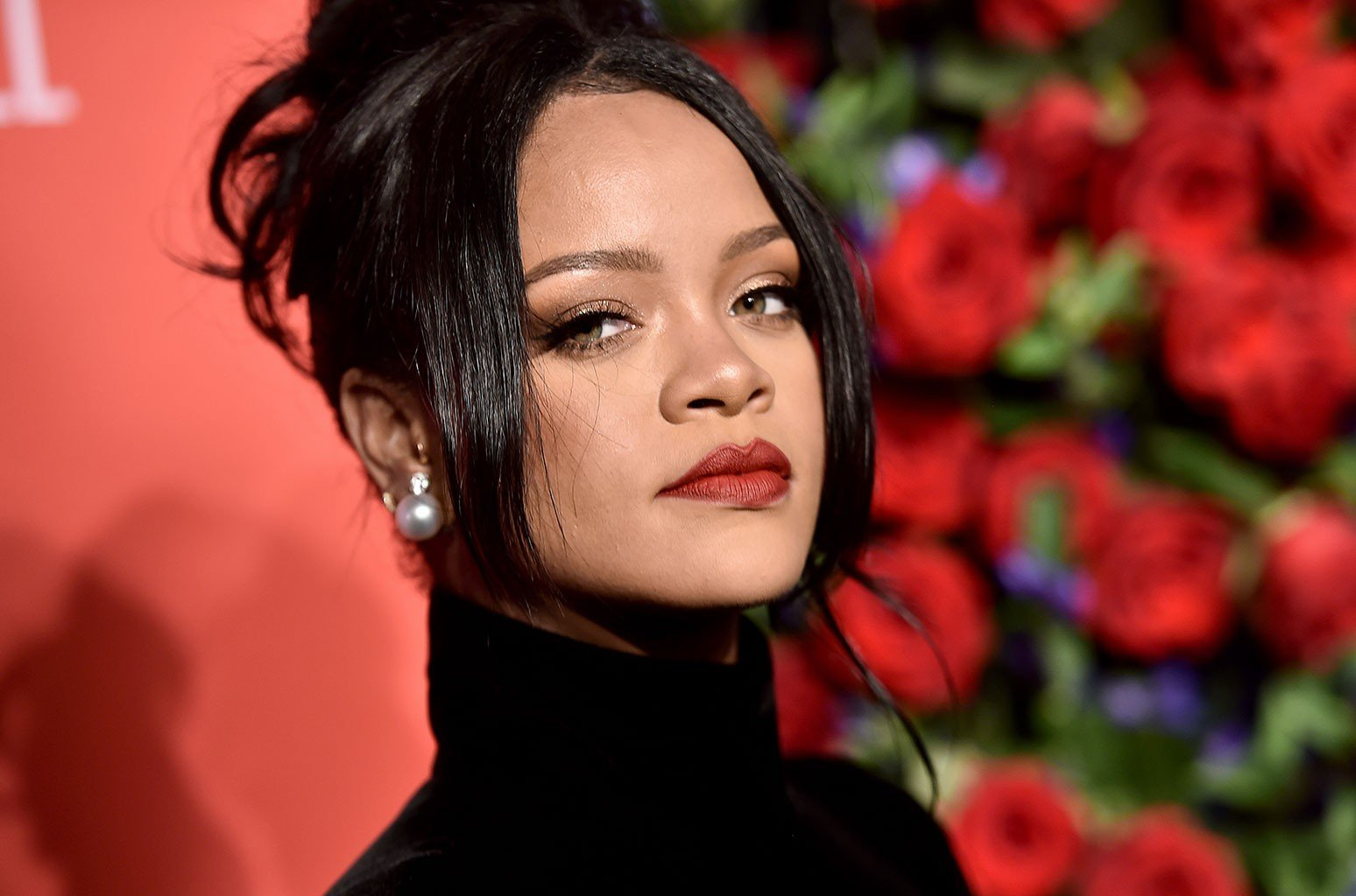 Rihanna Drops Her Clothes And Shows Out For The 'Gram – See The Photo That Has Fans Losing Their Minds