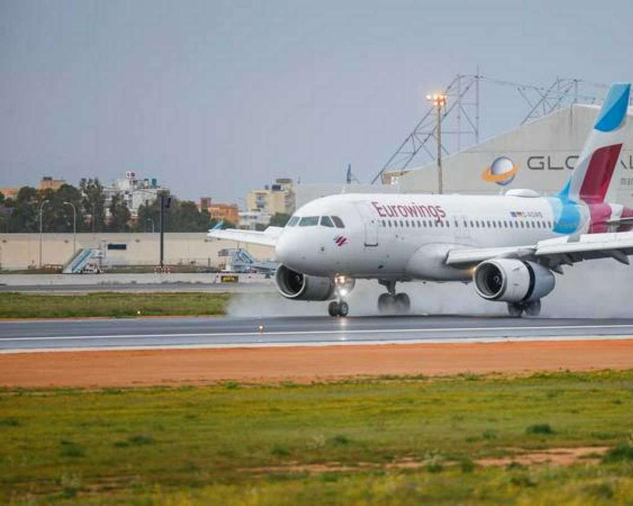 Coronavirus Germany advises against travel while flights to Mallorca are reactivated for Easter