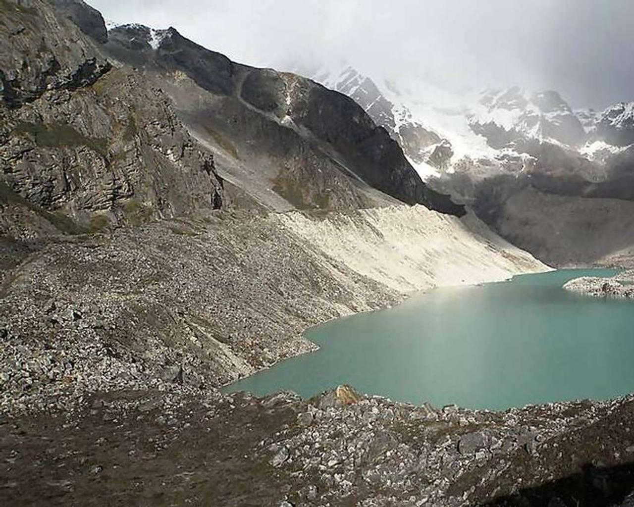 'Tsunami in the sky': Climate change is melting Bhutan glaciers and danger is real !