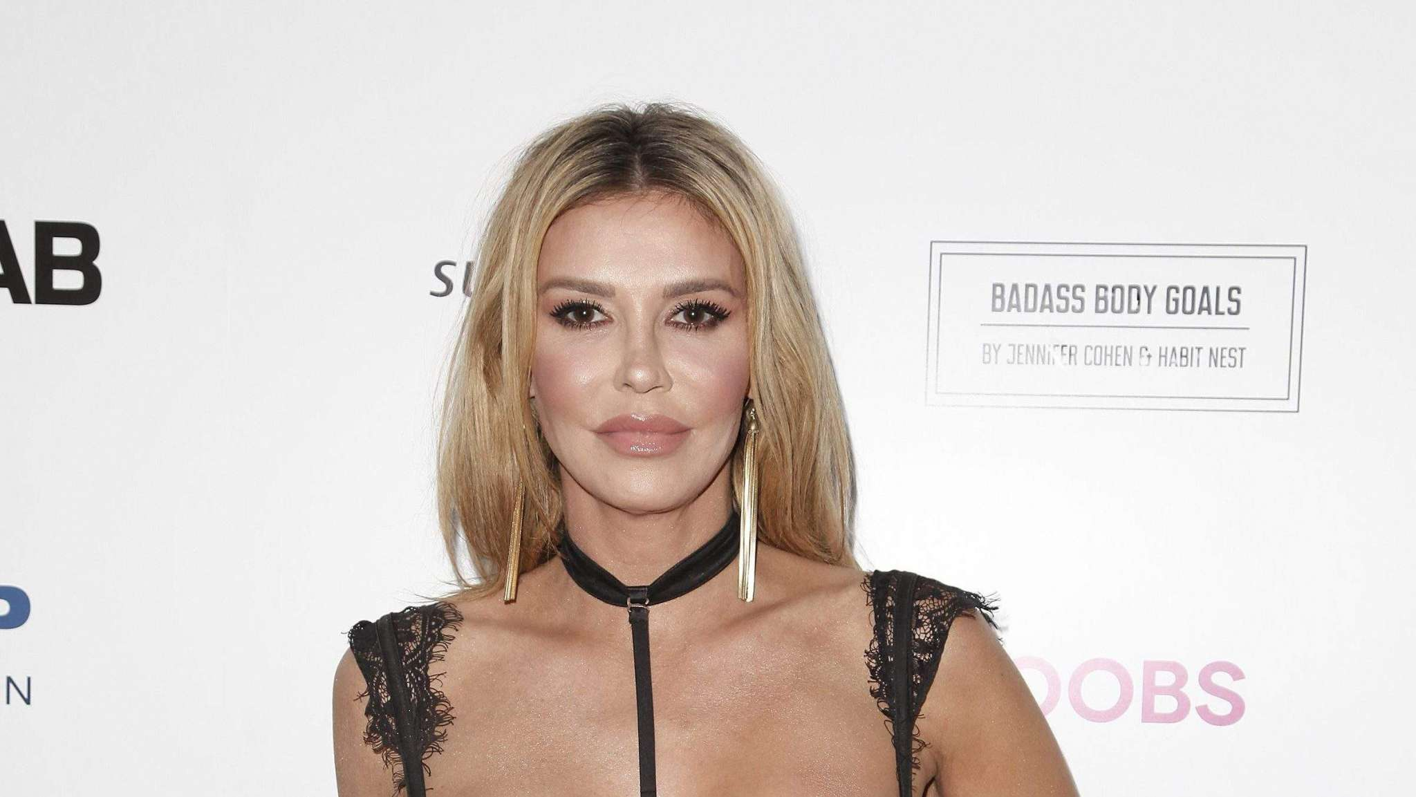 Brandi Glanville Posts Shocking Picture Of Her Burned Face In Response To Plastic Surgery Rumors – Here's What Actually Happened To Her!