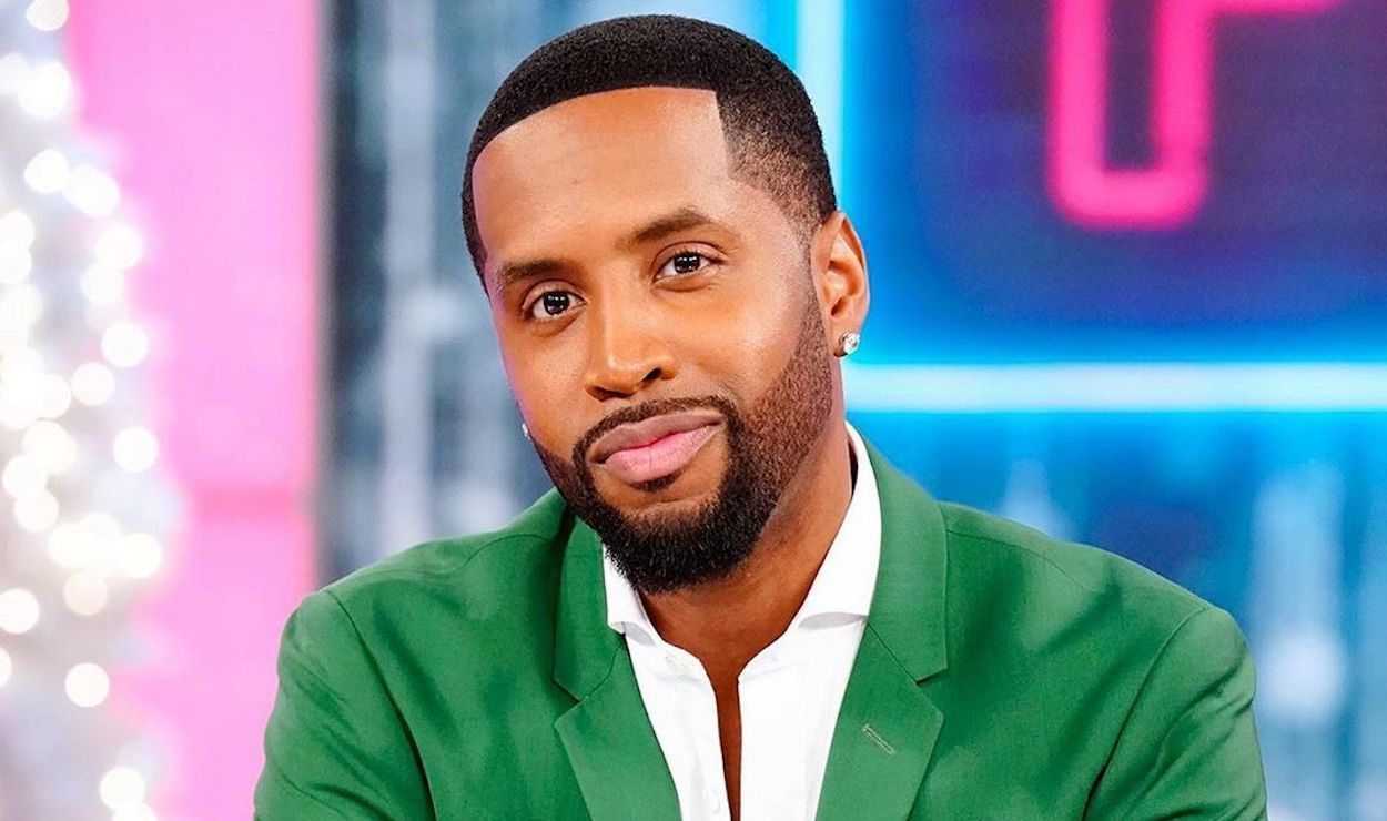 Safaree Shows Off His Favorite Piece Of Jewellery – See The Video