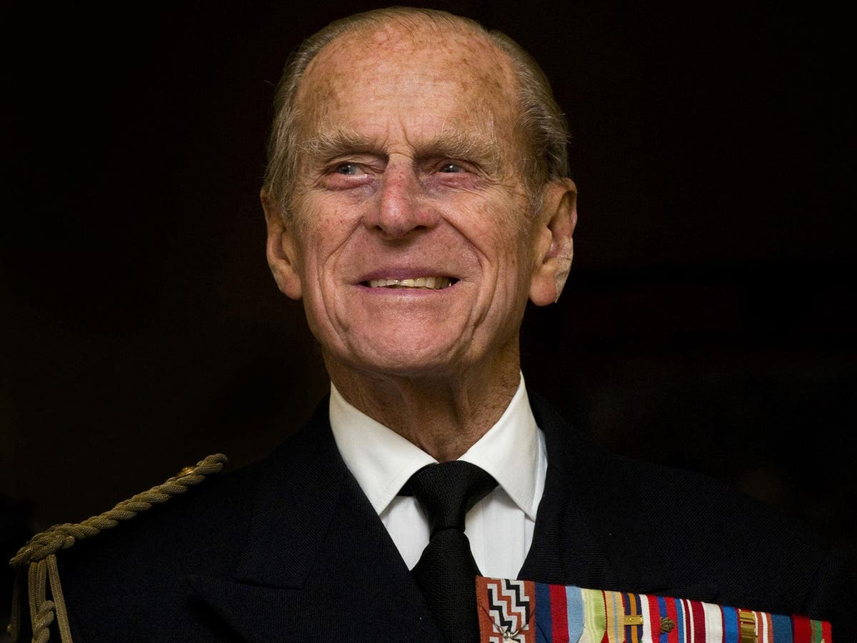 Prince Philip – Here's Why The Royal Family Will Not Be Wearing Military Garments At His Funeral!