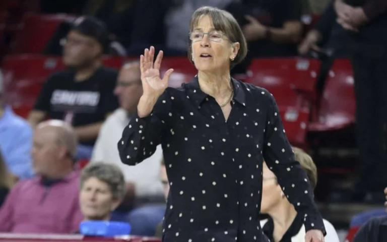 VanDerveer%20%28Stanford%27s%29%20is%20entitled%20Naismith%20Coach%20of%20the%20Year.