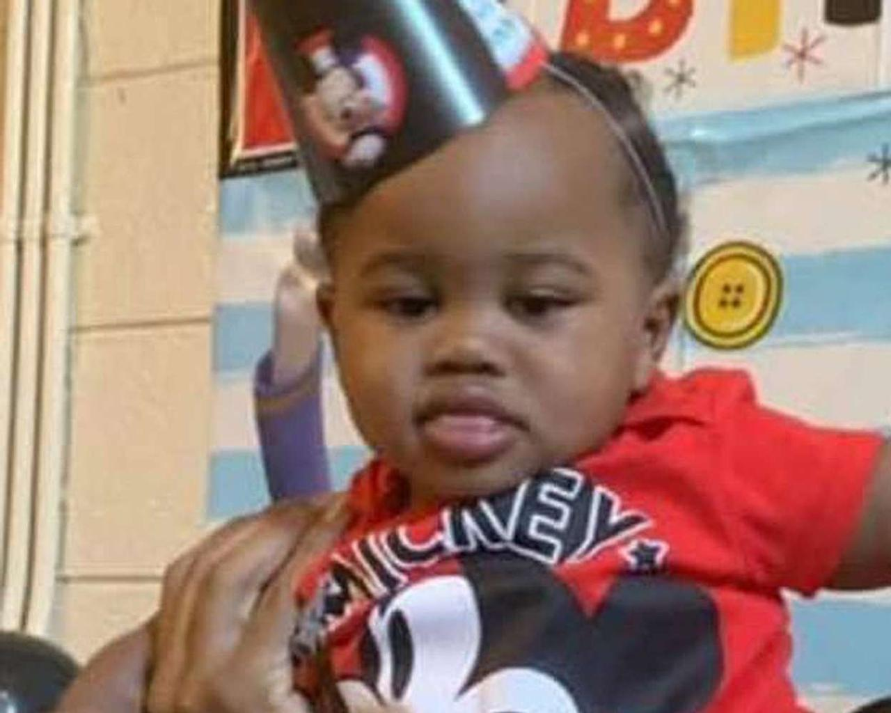 Toddler shot in Chicago road rage shooting out of ICU, breathing on his own